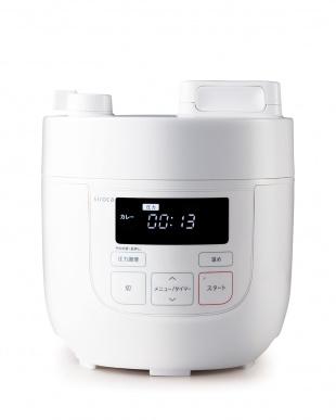 ホワイト  siroca 電気圧力鍋(SP-D121)見る