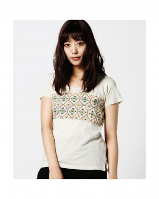 WHITE 柄プリント半袖Tシャツ R/B(バイイング)見る