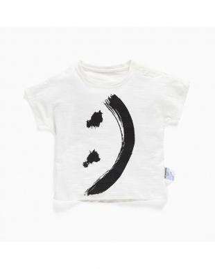WHITE スマイルプリントTシャツ見る