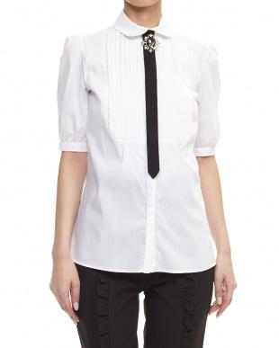 ホワイト タイ付きピンタックシャツ見る