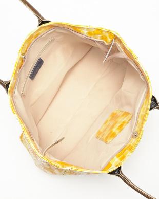 オレンジ系  モザイクデザイントートバッグ見る