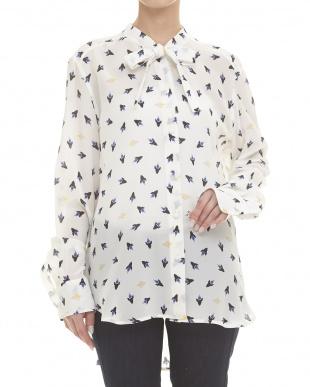 white pattern CAMERA シルクシャツ見る