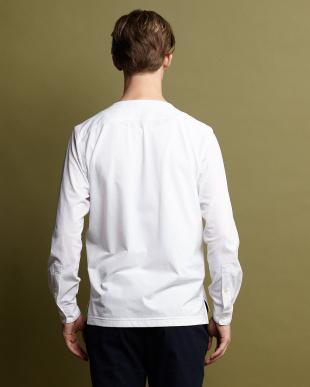ホワイト フィールフィットライト千鳥バンドカラーシャツ見る