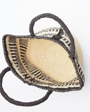 ブラック系 手編みサイザル ジオパターントートバッグ見る