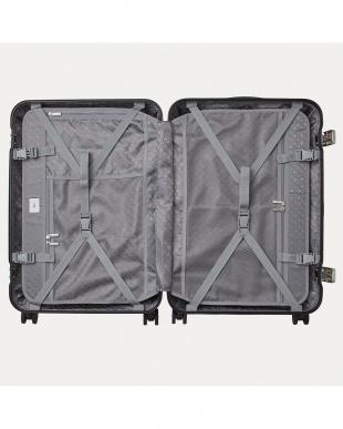 ブラック  リップルF スーツケース 66L見る