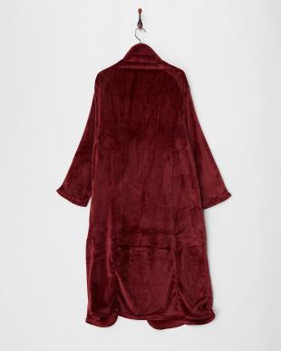 エンジ  あったか着る毛布見る