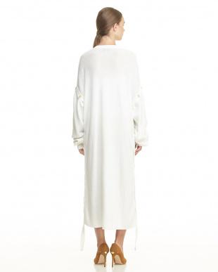 WHITE WHITE RIBBED BOTTUN DETAIL JUMPER DRESS見る