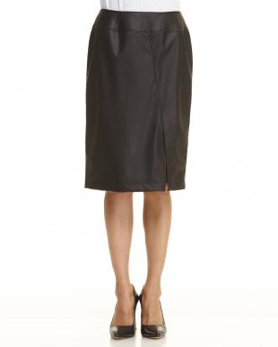 ブラック  フェイクレザータイトスカート見る