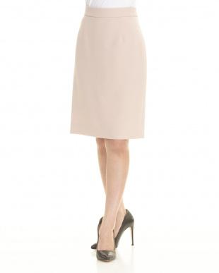 ライトピンク  スカート見る