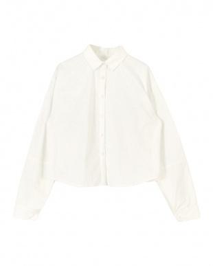 ホワイト ボリューム袖シャツ見る