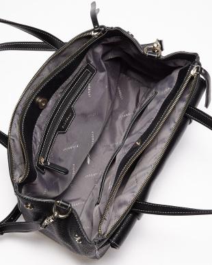 ブラック  SOHO Shoulder Bag/FIORELLI WOMEN見る