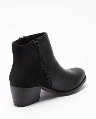 PU/SD-BLACK  ブーツ見る
