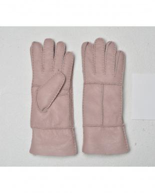 ピンク  天然ムートンの手袋見る