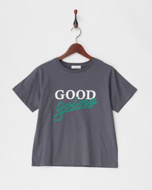 グレー プリントTシャツ見る
