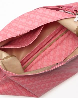 ピンク ショルダーバッグ見る
