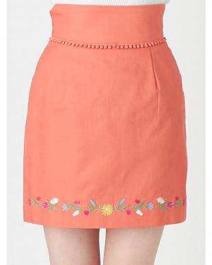オレンジ フラワーヘム刺繍ミニスカート dazzlin見る