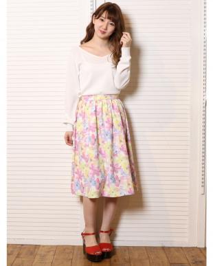 ピンク 水彩フラワーミディスカート dazzlin見る