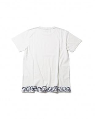 WHITE LT [Mes] 刺繍デザイン入りTシャツ R/B COUPLES(オリジナル)見る